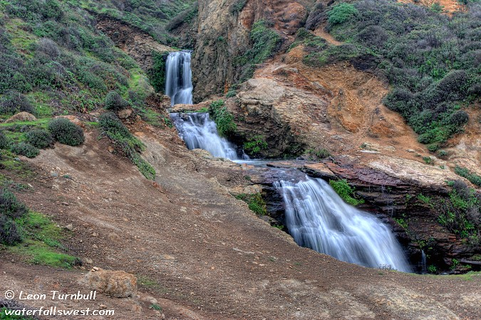 Image 2 of 5<br />Upper Alamere Falls (~30 ft.)