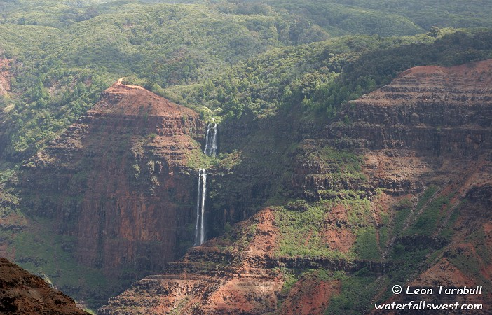 Image 3 of 4<br />View from Waimea Canyon Lookout